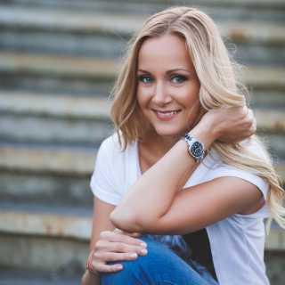 YuliaPolischuk avatar