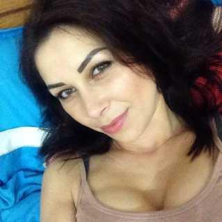 AnnaKara avatar