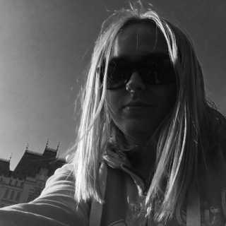 TaniaCernishev avatar