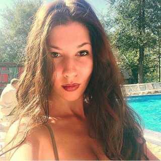 AnastasiaAlmazova avatar