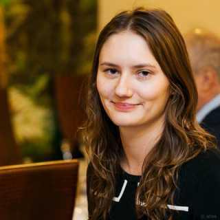 AlisaLarionova avatar