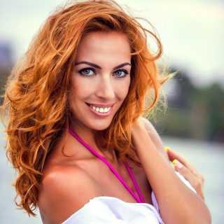JuliaRossy avatar