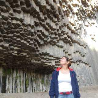 ChristineChgnavoryan avatar