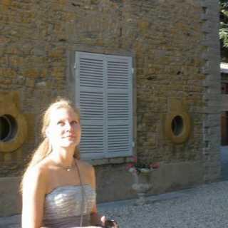 AnastasiaBryusova avatar