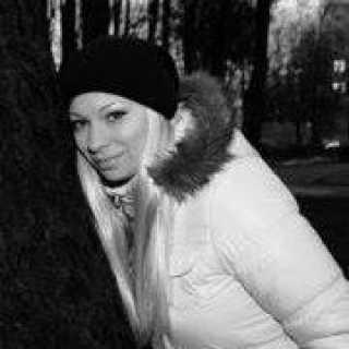 YuliaPirozhkova avatar