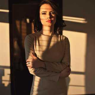 YuliaBeskrovnaya avatar