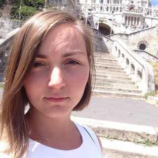 YuliannaPasichnyk avatar