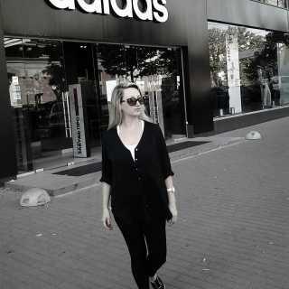 AnastasiyaMakarenko avatar