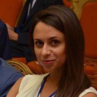RoksolanaKostur avatar