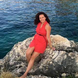 HelenKarpova avatar