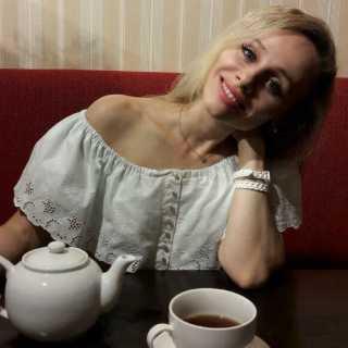AnnaAnna_993ad avatar