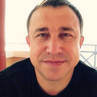 YuriyAndreev avatar