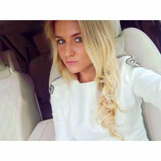 OlyaSenatorova avatar