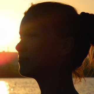 LilekMukharyamova avatar