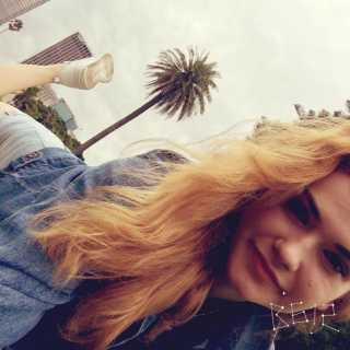 AnastasiaPushkaruk avatar