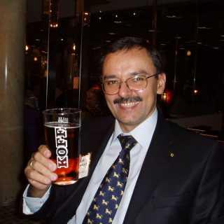 RomanMonastirskiy avatar