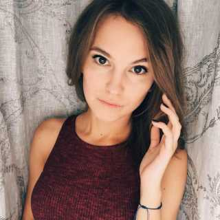 AnastasiaRomanteeva avatar