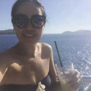 AinuraBizhanova avatar