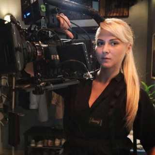 AnnaRozhetskaya avatar