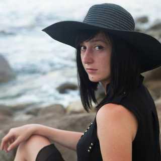 OksanaKuchirka avatar