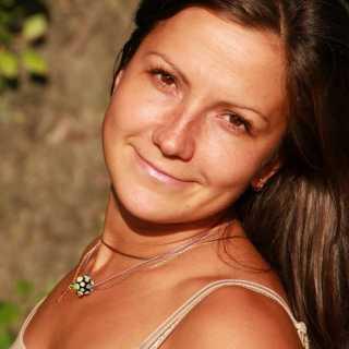 PolinaTikhonova avatar