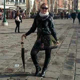 LarisaKharlamova avatar