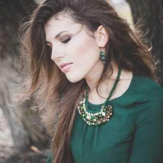 AlinaVershalovskaya avatar