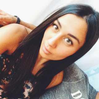 PolinaMikhaylova avatar