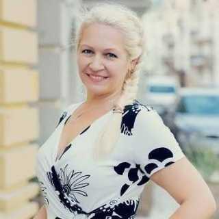 AntoninaLomachuk avatar