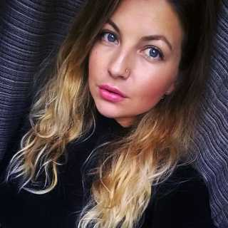 AsiaKazakova avatar
