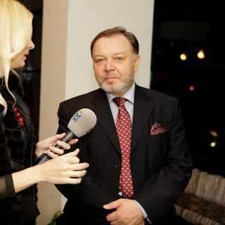 AleksandrPavlov avatar