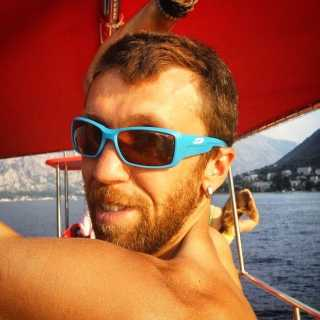 SergiiLakhotskiy avatar