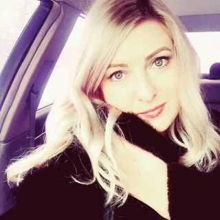 LenaSvyatenko avatar