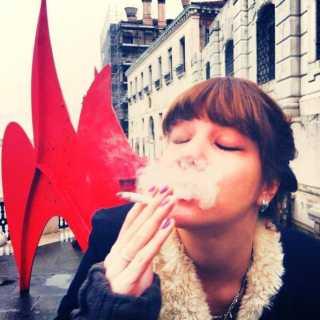 AsyaDubrovskaya avatar