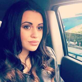 JuliaAziz avatar