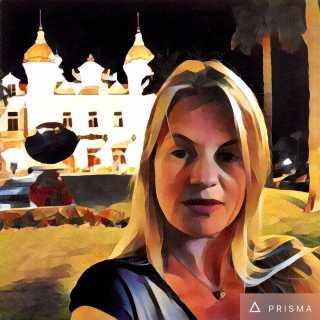 YuliaMilova avatar