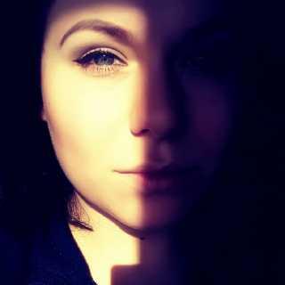 AnastasiaKrilova avatar