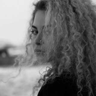 Ksenia3321 avatar