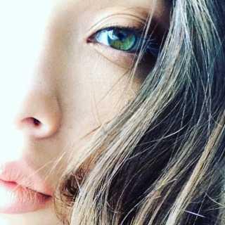 JuliJu avatar