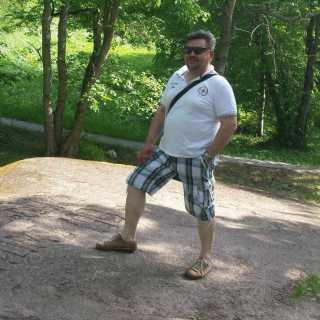 YuriyZelenskiy avatar