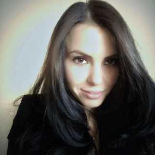 ViktoriiaIavorska avatar