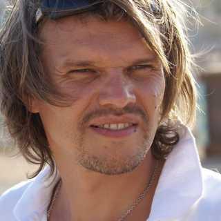 AleksandrYakushin avatar