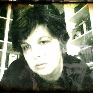 YuliaAks avatar