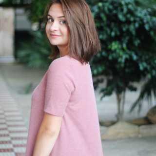 KseniaKononova avatar