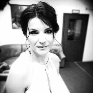ValeriaVinyukova avatar