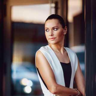 YuliaYakushenko avatar