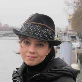 ArinaKhovanova avatar