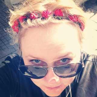 AlenaPopova_6af3f avatar