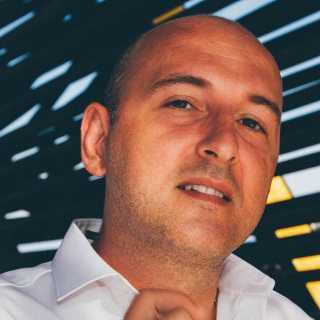 RomanKuzmenko avatar