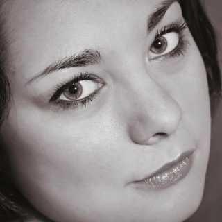YuliaZhukova_f6fe3 avatar